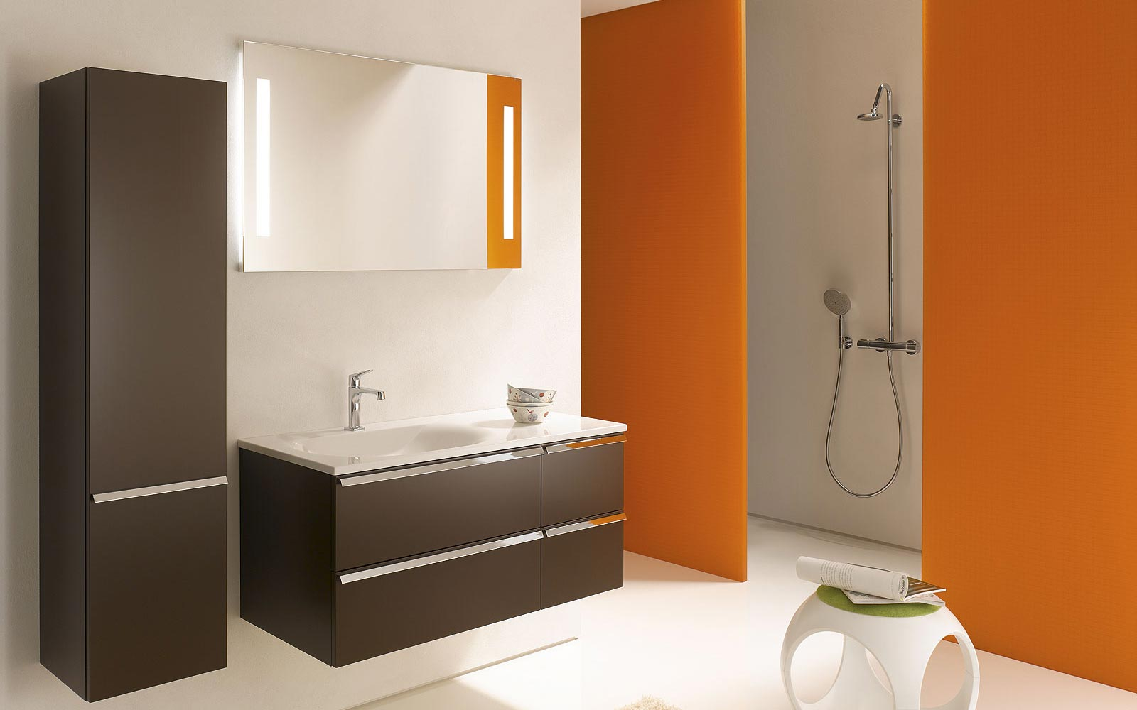 accessoires salle de bain couleur orange. Black Bedroom Furniture Sets. Home Design Ideas
